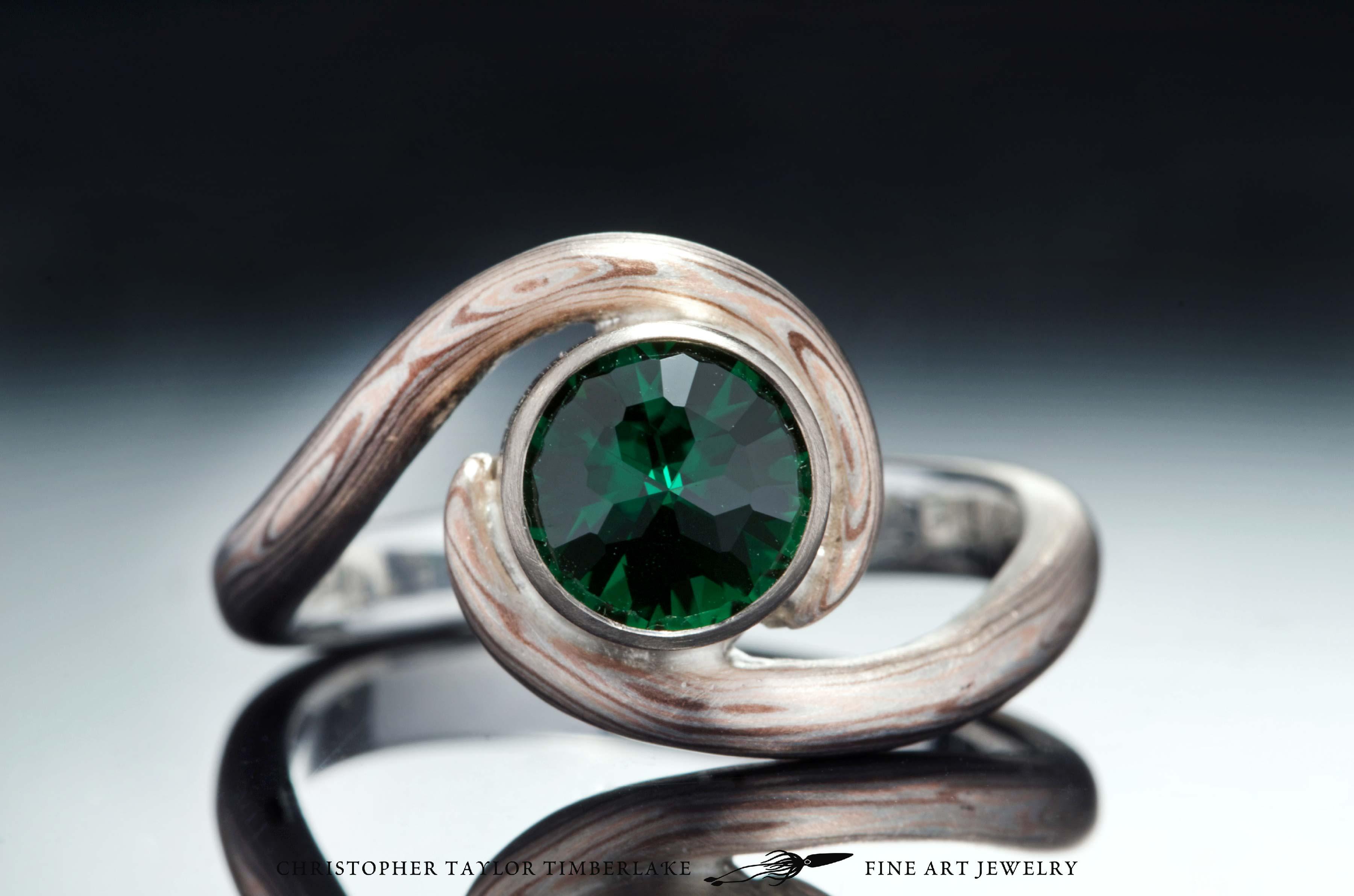 Mokume-(m81)-14-Karat-rose-gold,-shakudo-(2K),-and-sterling-silver-with-Palladium-and-6,31mm-modified-rose-cut-round-chrome-green-tourmaline-1