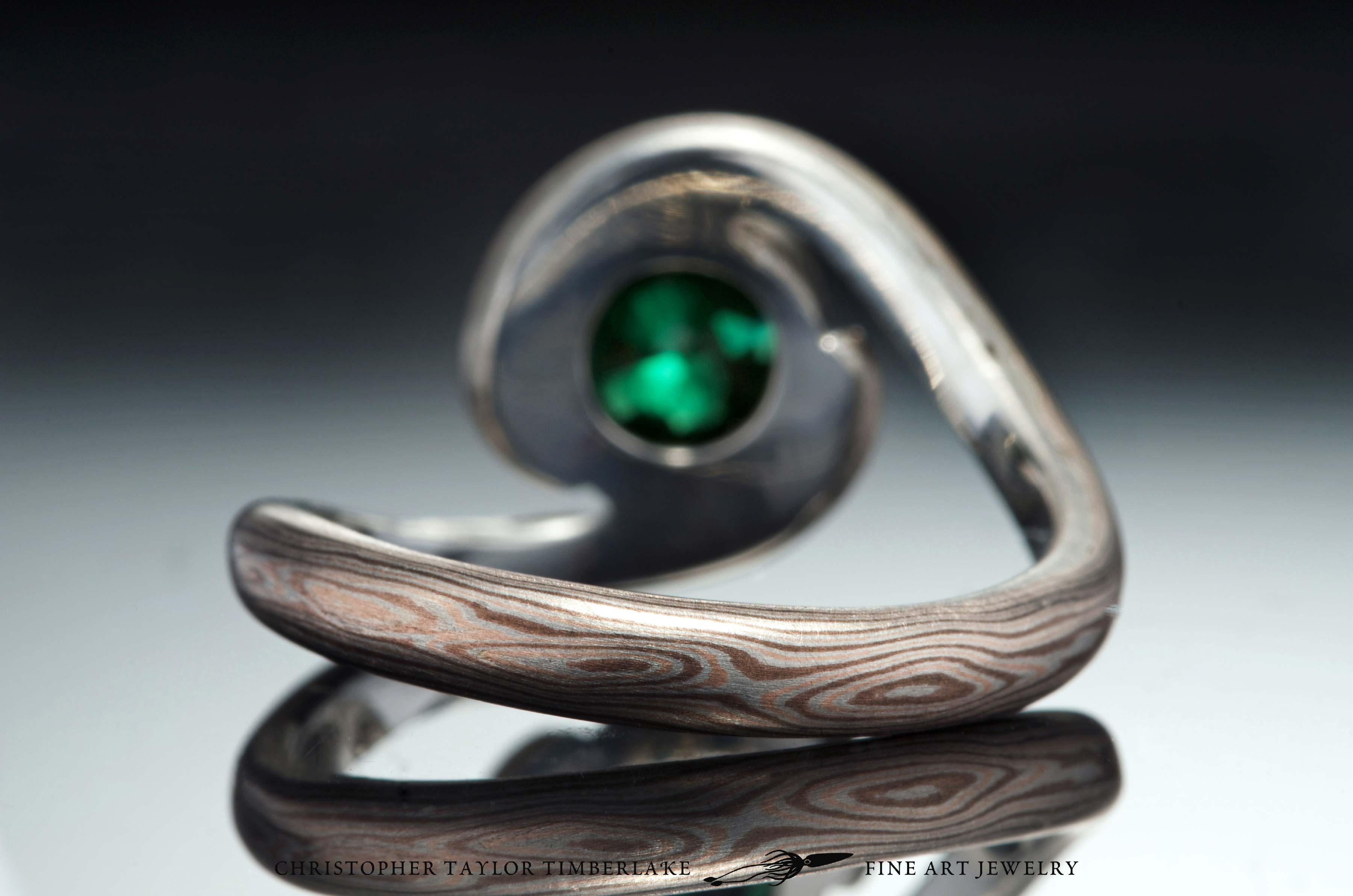 Mokume-(m81)-14-Karat-rose-gold,-shakudo-(2K),-and-sterling-silver-with-Palladium-and-6,31mm-modified-rose-cut-round-chrome-green-tourmaline-4